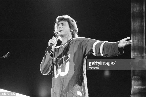 Barry Manilow in concert at Hartford Civic Center Hartford Connecticut America December 1981