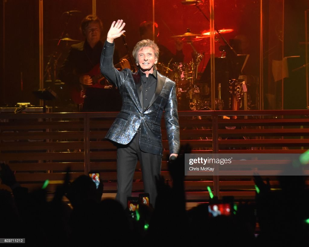 Barry Manilow performs at The Fox Theatre on July 27, 2017 in Atlanta, Georgia.