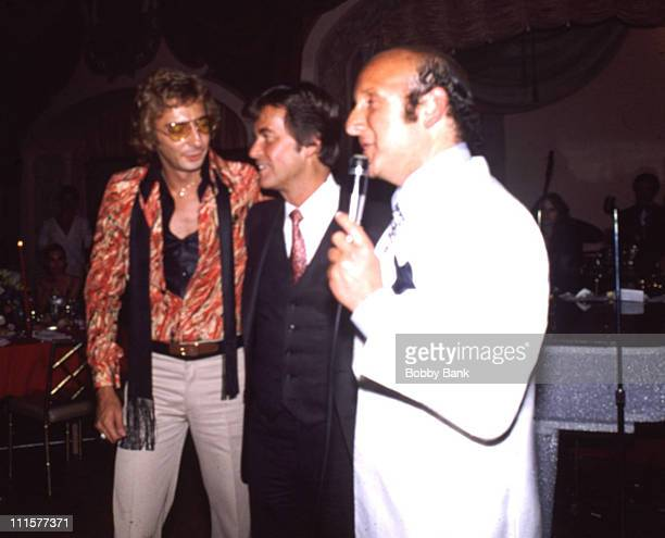 Barry ManilowDick ClarkClive Davis during Barry Manilow Party at St Regis Hotel July 27 1978 at St Regis Hotel in New York City New York United States
