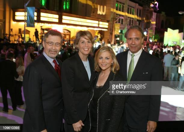 Barry Meyer Nancy Tellem Dawn Ostroff and John D Maatta