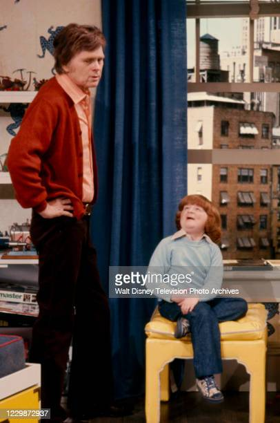 Barry Nelson, Mason Reese appearing in the ABC tv series pilot 'Mason'.