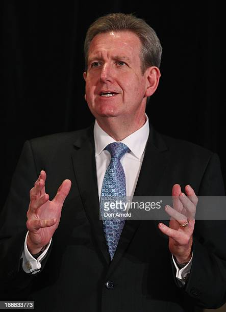 Barry O'Farrell introduces Julie Andrews to the media at a press conference ahead of her national tour of An Evening with Julie Andrews on May 16...