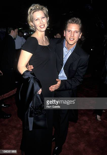 Barry Pepper and Wife Cindy Pepper during 'Battlefield Earth' Hollywood Premiere at Mann's Chinese Theater in Hollywood CA United States