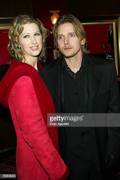 Barry Pepper with wife Cindy at the 25th Hour world premiere at the Ziegfeld Theater New York City December 16 2002 Photo by Evan Agostini/Getty...
