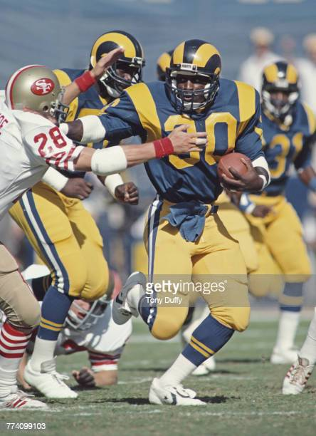Barry Redden Running back for the Los Angeles Rams runs the ball during the National Football Conference West game against the San Francisco 49ers on...