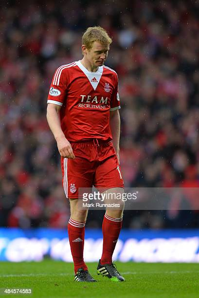 Barry Robson of Aberdeen during the William Hill Scottish Cup Semi Final between St Johnstone and Aberdeen at Ibrox Stadium on April 13 2014 in...