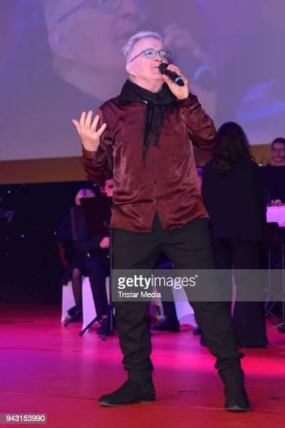 Barry Ryan attends the 'Goldene Sonne 2018' Award by SonnenklarTV on April 7 2018 in Kalkar Germany