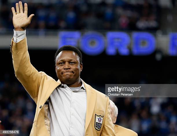 Barry Sanders during the Pro Football Hall of Fame half time show during the Chicago Bears v Detroit Lions game at Ford Field on October 18 2015 in...