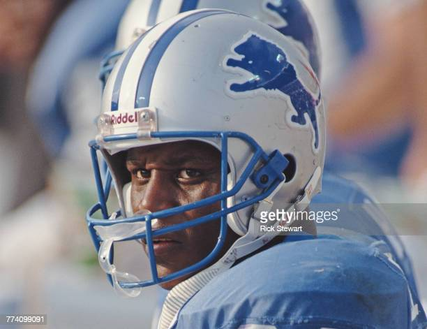 Barry Sanders Running Back for the Detroit Lions during the National Football Conference Central game against the Tampa Bay Buccaneers on 10 November...
