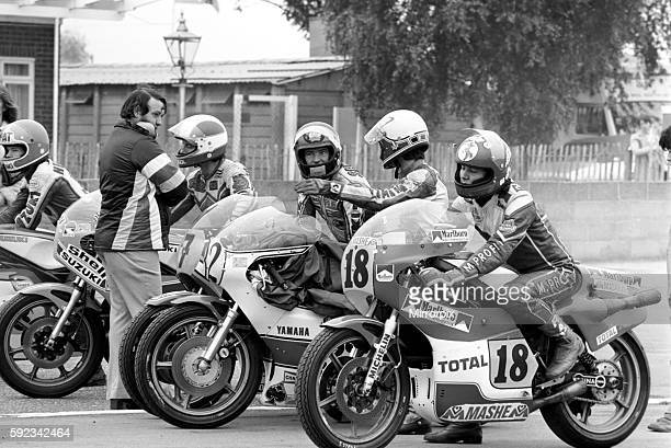Barry Sheene with other 500 cc competitors in assembly area before practice laps August 1977 7704382009