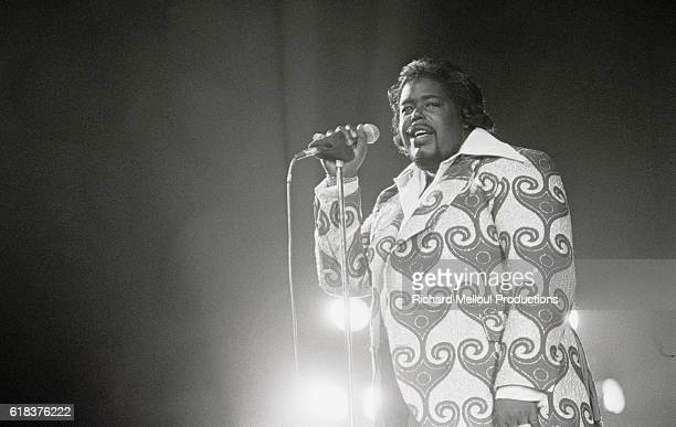 Barry White Performing in Paris