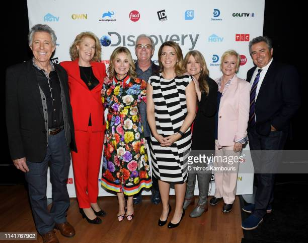 Barry Williams Kathleen Finch Maureen McCormick Mike Lookinland Nancy Daniels Susan Olsen Eve Plumb Christopher Knight attend Discovery Inc 2019 NYC...