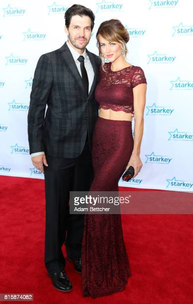 Barry Zito and Amber Seyer walk the red carpet at the 2017 Starkey Hearing Foundation So the World May Hear Awards Gala at the Saint Paul RiverCentre...