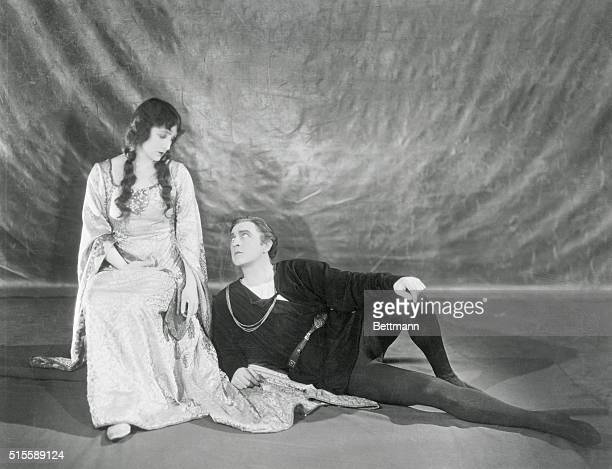 Barrymore and Compton in Hamlet in London. London, England: Fay Compton, one of London's leading actresses, as Ophelia, and John Barrymore as Hamlet,...