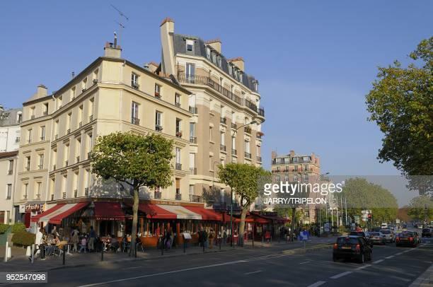 Bars and restaurants on the Paris avenue, Vincennes, Val de Marne department, Ile de France region, France.