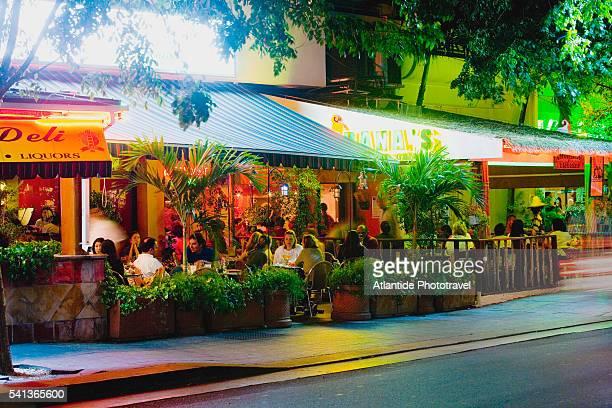 bars on ashford drive in san juan - san juan stock pictures, royalty-free photos & images