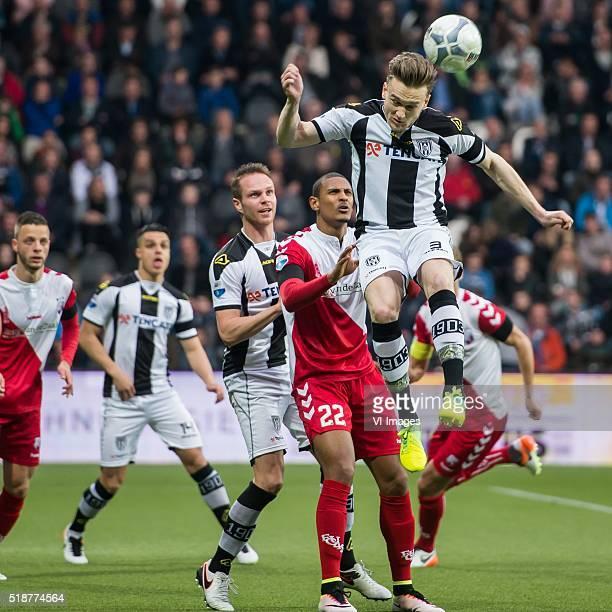Bart Ramselaar of FC Utrecht Joey Pelupessy of Heracles Almelo Ramon Zomer of Heracles Almelo Sebastien Haller of FC Utrecht Mike te Wierik of...