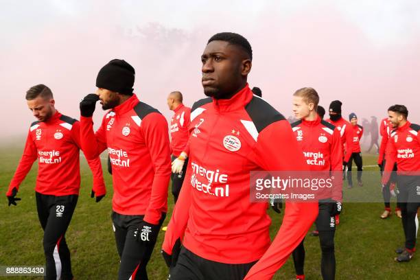 Bart Ramselaar of PSV Jurgen Locadia of PSV Derrick Luckassen of PSV during the match between Training PSV at the De Herdgang on December 9 2017 in...