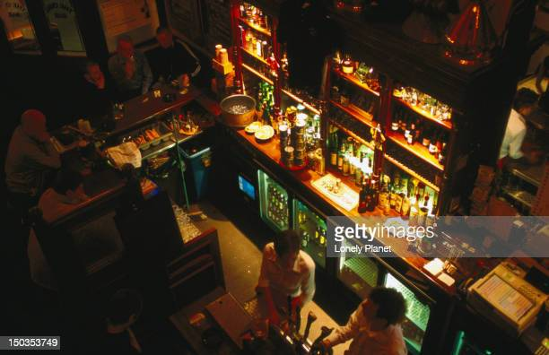 bartenders at bar in the palace. - palast stock-fotos und bilder
