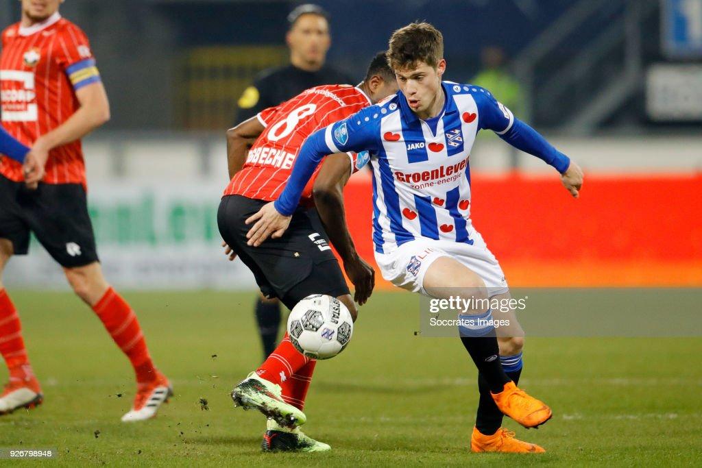 SC Heerenveen v Willem II - Dutch Eredivisie : News Photo