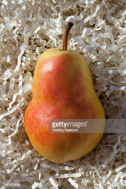 bartlett pear with a rosy blush - timothy hearsum stockfoto's en -beelden