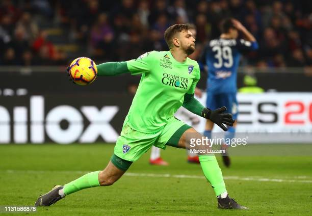 Bartolomiej Dragowski of Empoli in action during the Serie A match between AC Milan and Empoli at Stadio Giuseppe Meazza on February 22 2019 in Milan...