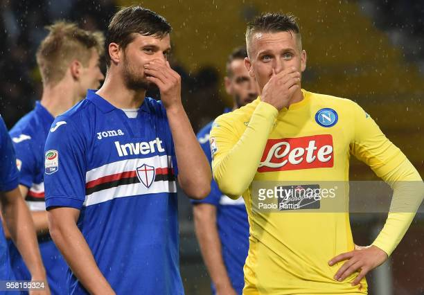 Bartosz Beresynski of Sampdoria and Piotr Zielinski of Napoli speak during the serie A match between UC Sampdoria and SSC Napoli at Stadio Luigi...