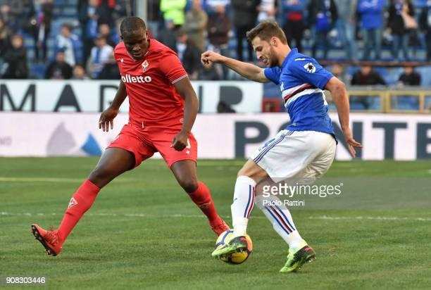 Bartosz Bereszynski of Sampdoria and Khouma Babacar of Fiorentina during the serie A match between UC Sampdoria and ACF Fiorentina at Stadio Luigi...