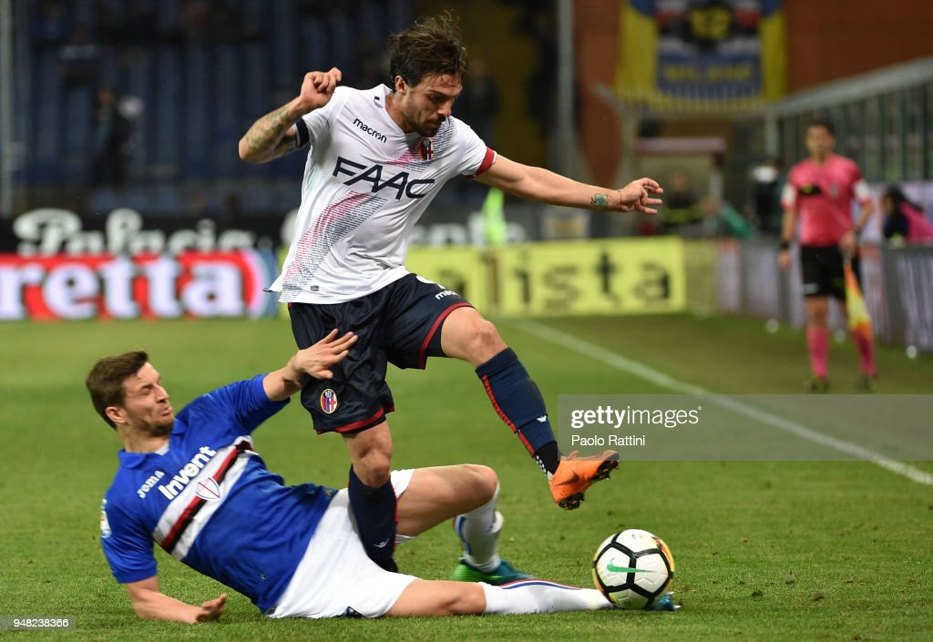 Bartosz Bereszynski of Sampdoria oppose to Simone Verdi of Bologna during the serie A match between UC Sampdoria and Bologna FC at Stadio Luigi Ferraris on April 18, 2018 in Genoa, Italy.
