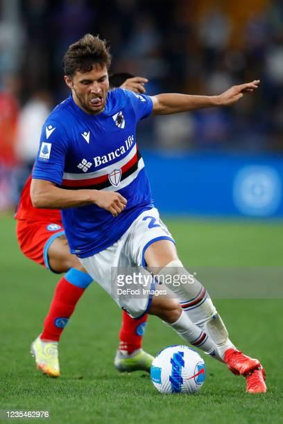 Bartosz Bereszynski of UC Sampdoria controls the ball during the Serie A match between UC Sampdoria and SSC Napoli at Stadio Luigi Ferraris on...
