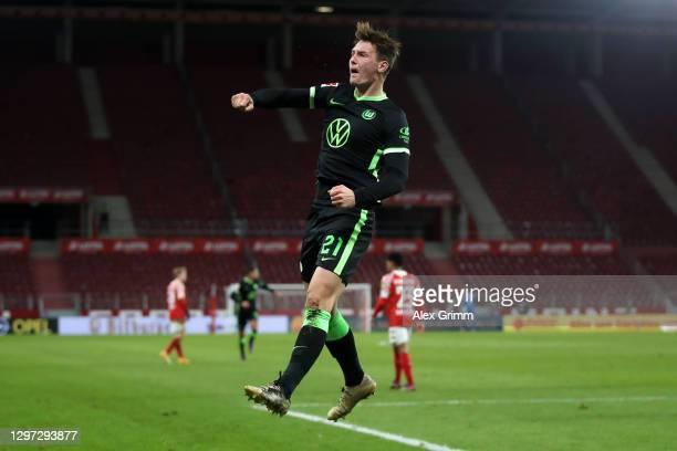 Bartosz Białek of Vfl Wolfsburg celebrates after scoring their sides first goal during the Bundesliga match between 1. FSV Mainz 05 and VfL Wolfsburg...