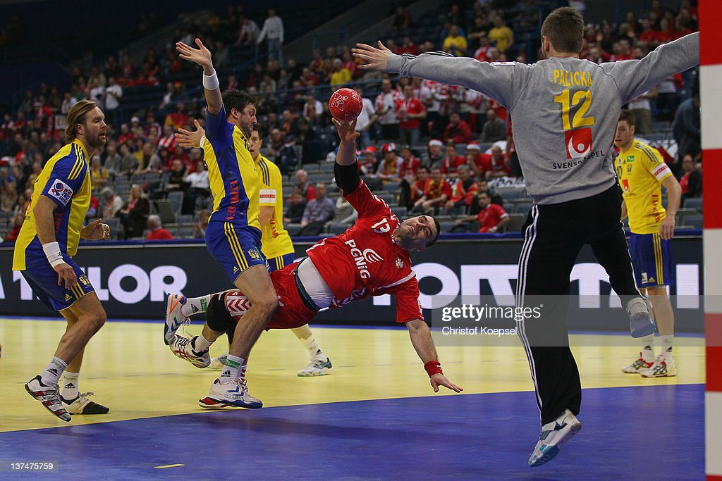 Poland v Sweden - Men's European Handball Championship 2012