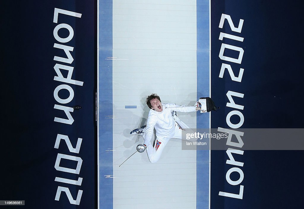 Olympics Day 5 - Fencing : News Photo