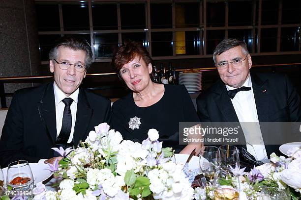 Baryton Thomas Hampson Politician Roselyne Bachelot Narquin and AROP President JeanLouis Beffa attend the AROP Charity Gala with the Opera 'Le Roi...