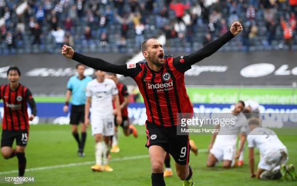 Bas Dost of Eintracht Frankfurt celebrates after scoring his team's second goal during the Bundesliga match between Eintracht Frankfurt and TSG...