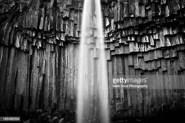 basalt and water - basalt stock pictures, royalty-free photos & images