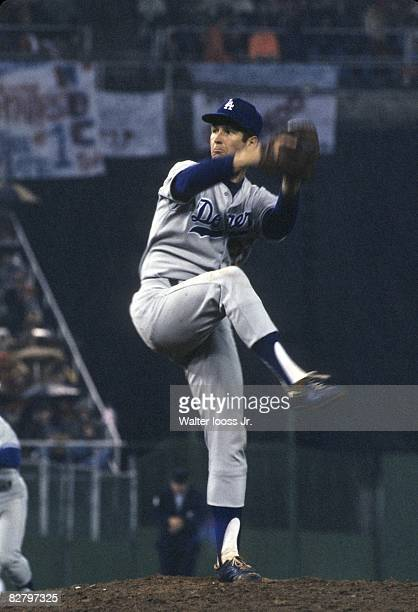 1977 NLCS Playoffs Los Angeles Dodgers Tommy John in action pitching vs Philadelphia Phillies Game 4 Philadelphia PA 10/8/1977 CREDIT Walter Iooss Jr