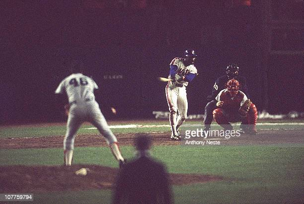 Baseball 1986 World Series Game 6 New York Mets Mookie Wilson hits a grounder up the first base line to score the winning run during Game 6 against...
