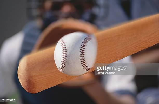 """""""baseball bat hitting baseball, close-up """" - basebollslag bildbanksfoton och bilder"""