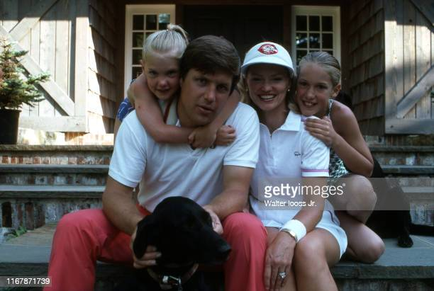 Casual portrait of Cincinnati Reds pitcher Tom Seaver posing with his wife Nancy and their daughters Sarah and Anne during photo shoot at home CREDIT...