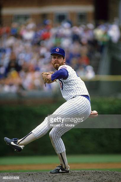 Chicago Cubs Rick Sutcliffe in action pitching vs Philadelphia Phillies at Wrigley Field Chicago IL CREDIT Ronald C Modra