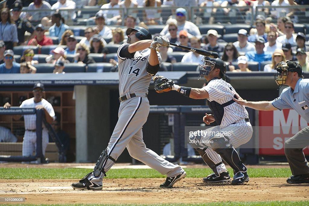 Chicago White Sox Paul Konerko (14) in action, at bat vs New York Yankees. Bronx, NY 5/2/2010