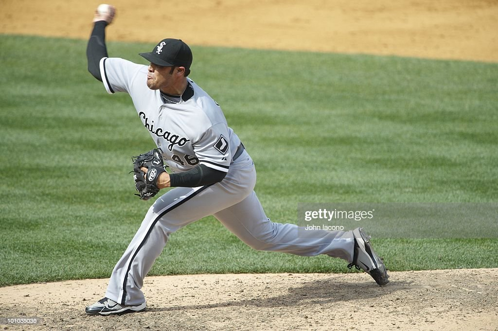 Chicago White Sox Sergio Santos (46) in action, pitching vs New York Yankees. Bronx, NY 5/2/2010