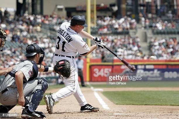 Baseball Detroit Tigers Chris Shelton in action at bat vs Minnesota Twins Detroit MI 7/24/2005