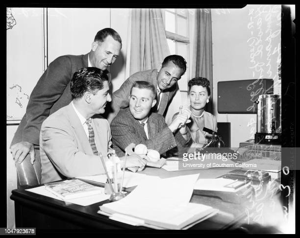 Baseball Dodgers Baseball Dodgers contract signing 23 June 1958 Ron FairlyMrs Carl FairlyCarl FairlyHarold Phillips 'Sports' Caption slip reads 'Back...