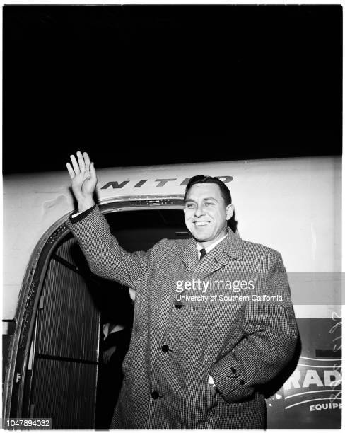 Baseball Dodgers star arrives 7 February 1958 Gil Hodges 'Sports' Supplementary material reads 'From News Bureau United Air Lines MA 94488 Dodger...