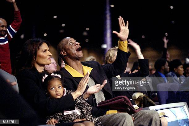 Baseball Former player Darryl Strawberry with wife Charisse and daughter Jade in church Tampa FL 12/7/2003