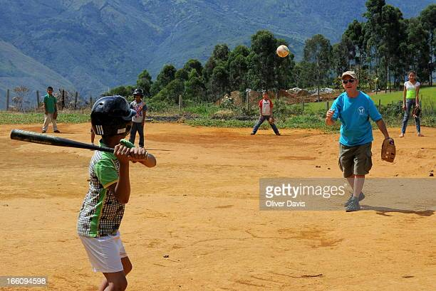 CONTENT] Baseball game organised by 'Angeles de Medellin' program run by volunteers working within the community to help poor and displaced families...