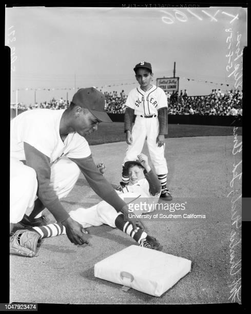 Baseball Little League 8 May 1958 Tel ElmsPhillip RossCharlie NealJerry HarrisJoe PignatanoTony MyersJohn LewisGary McCaskillDon Newcombe 'Sports'...