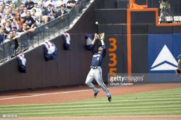 Milwaukee Brewers Ryan Braun in action fielding vs New York Mets Flushing NY 4/18/2009 CREDIT Chuck Solomon